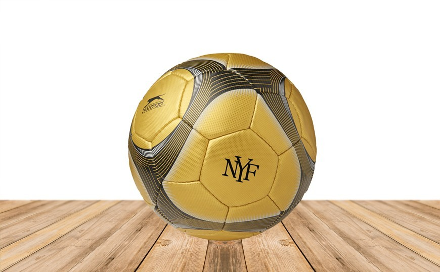 le ballon foot personnalis valorise vos collaborateurs et salari s ballons publicitaires. Black Bedroom Furniture Sets. Home Design Ideas